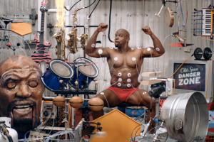 terry-crews-muscle-music-2012